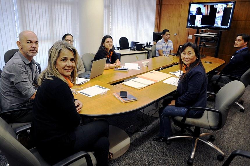 Para o chefe do Serviço que organiza o programa, Antônio Carlos Burity (esquerda), a videoconferência evitou que os coordenadores viajassem a Brasília