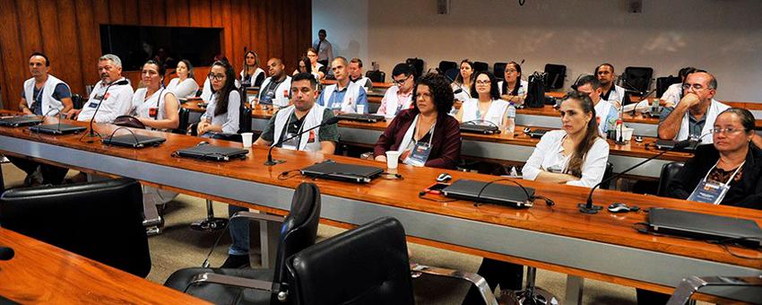No Jovem Senador, professores assistem a palestra sobre processo legislativo