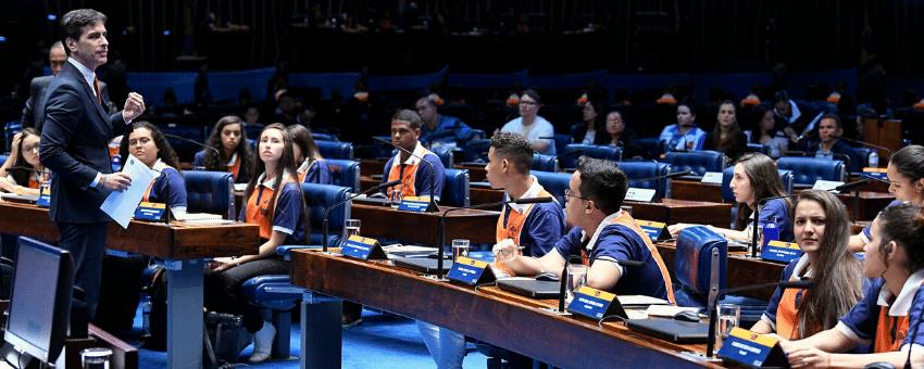 Três projetos elaborados pelos jovens senadores são aprovados em Plenário
