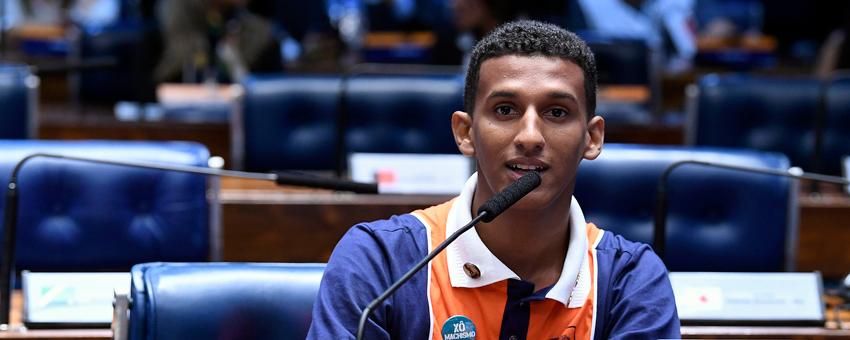 Jovens Senadores defendem divulgação de conteúdo da Constituição Federal