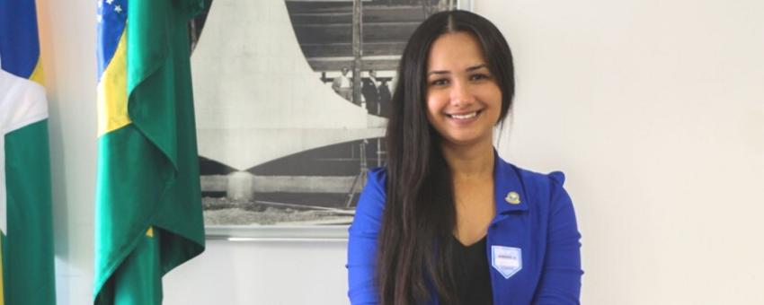 Eleita aos 19 anos, vereadora mais jovem de RO é única mulher na Câmara de Buritis