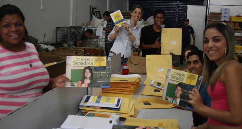 Montagem dos Kits do Jovem Senador - Taguatinga/DF
