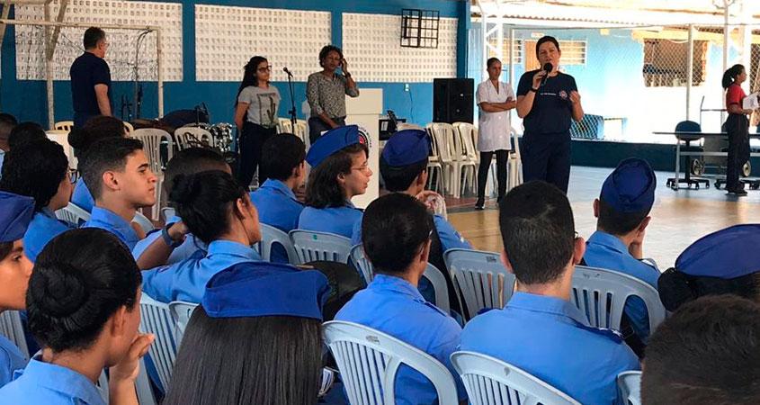 Divulgação dos Programa Jovem Senador e Parlamento Jovem Brasileiro no Colégio da Polícia Militar de Pernambuco