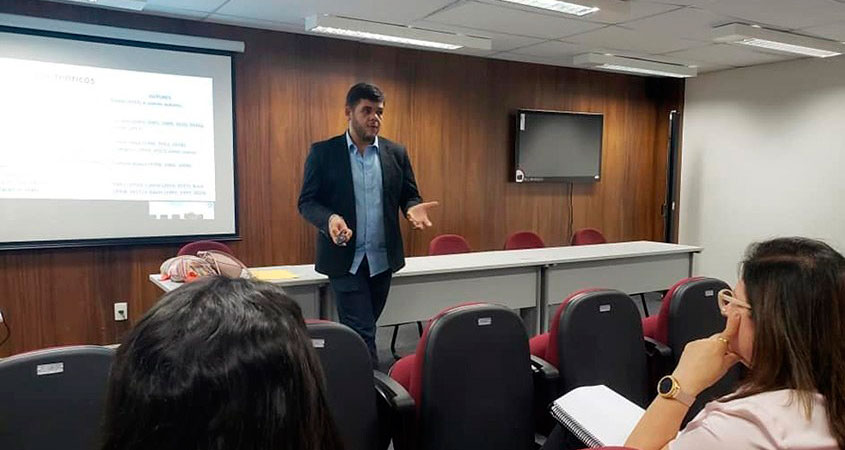 Lidemberg Rocha defendeu tese de doutorado na Universidade Federal do Rio Grande do Norte