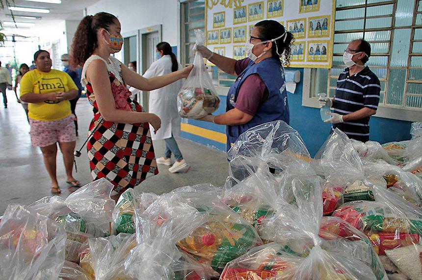 Proposta permitiu a distribuição dos alimentos usados na merenda, como nessa escola pública de Manaus