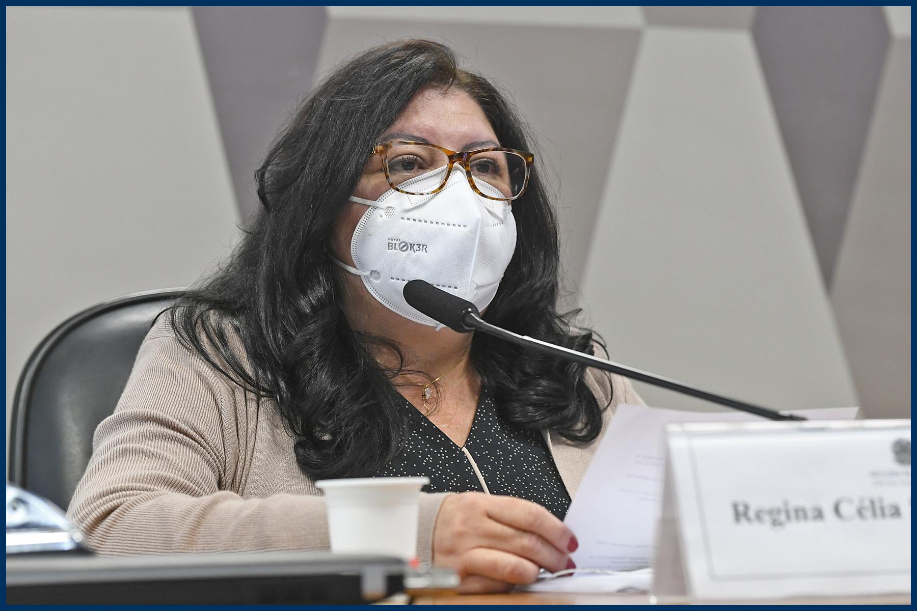 Regina Célia Silva Oliveira