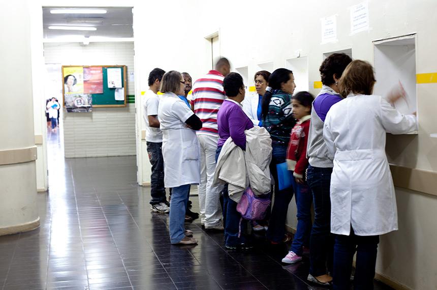 País busca soluções para aumento de judicialização na saúde