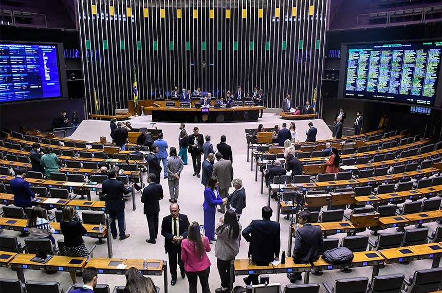 Presidente do TSE comenta alternativas para realizar eleições