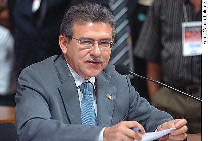 [Foto: senador José Nery (PSOL-PA)]