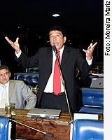 [Foto: senador Magno Malta (PR-ES)]