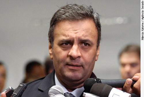 [senador Aécio Neves (PSDB-MG)]