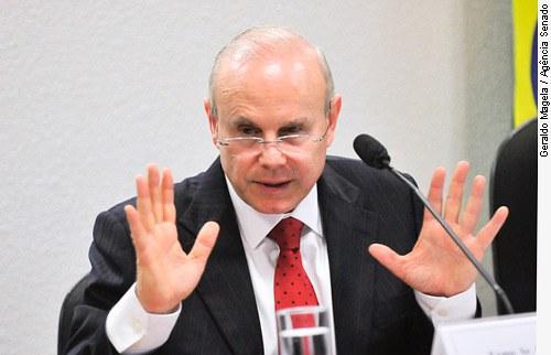 [O ministro da Fazenda, Guido Mantega, em audiência na Comissão de Assuntos Econômicos (CAE), ]