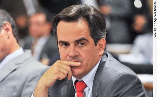 [Senador Ciro Nogueira, autor da proposta de um banco de DNA de criminosos ]