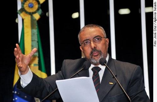 [Foto: senador Paulo Paim (PT-RS) ]