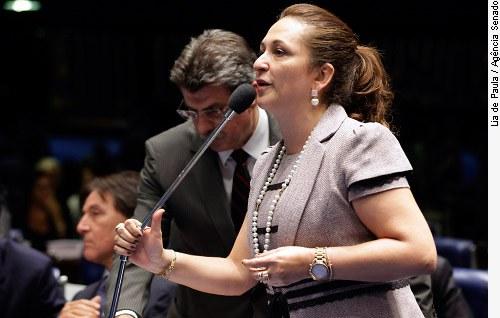 [senadora Kátia Abreu (PSD-TO)]