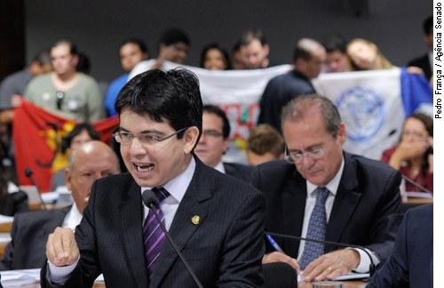 [Foto: senador Randolfe Rodrigues (PSOL-AP)]