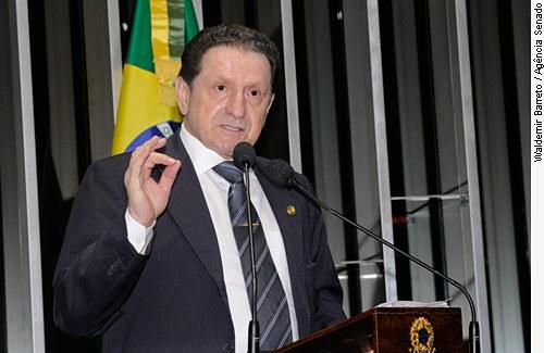 [senador Mozarildo Cavalcanti ]