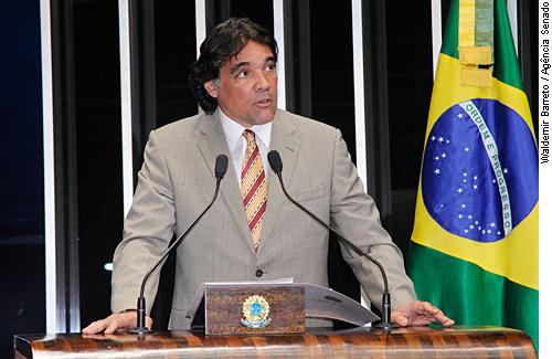 http://www12.senado.gov.br/noticias/materias/2013/02/06/20130206_01161w.JPG