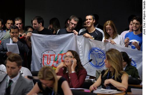 BRASÍLIA: Senado aprova projeto do Estatuto da Juventude
