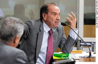 Aloysio Nunes: aos 16, adolescentes já praticam atos políticos
