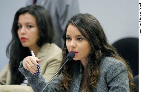Estudantes discutem descredenciamento da Universidade e da Gama Filho na Comissão de Educação