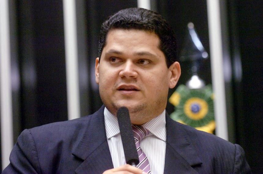 Davi Alcolumbre é o senador eleito pelo Amapá — Senado Notícias