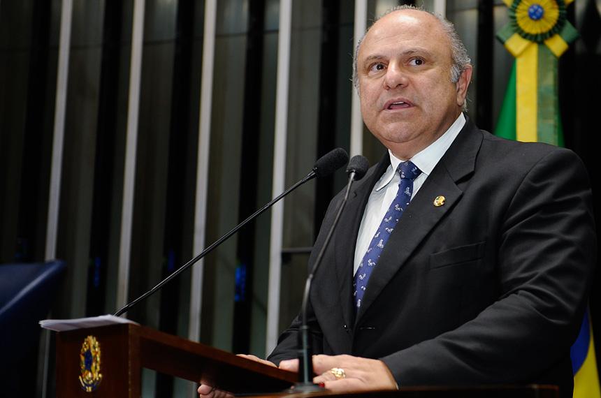 Antônio Aureliano quer mais municípios na Região Integrada de ... - Agência Senado