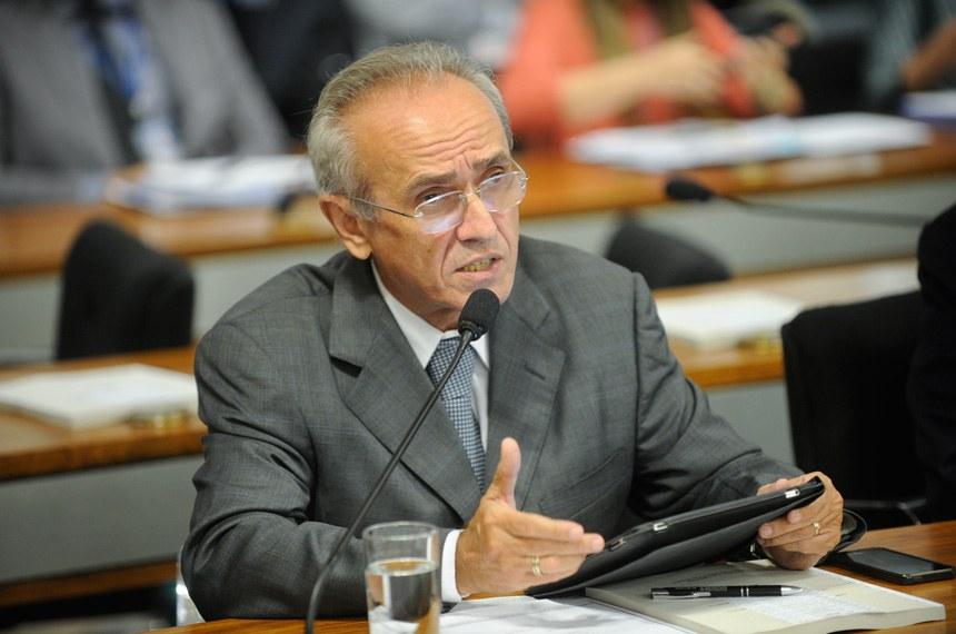 Senador Cícero Lucena solicitou o debate