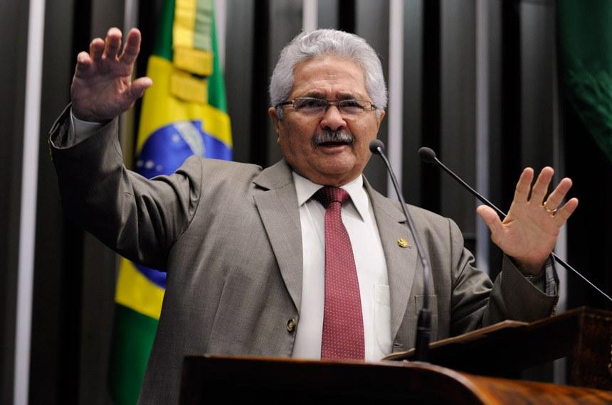 Elmano Férrer propõe discussão profunda das MPs que alteram direitos  trabalhistas — Senado Notícias