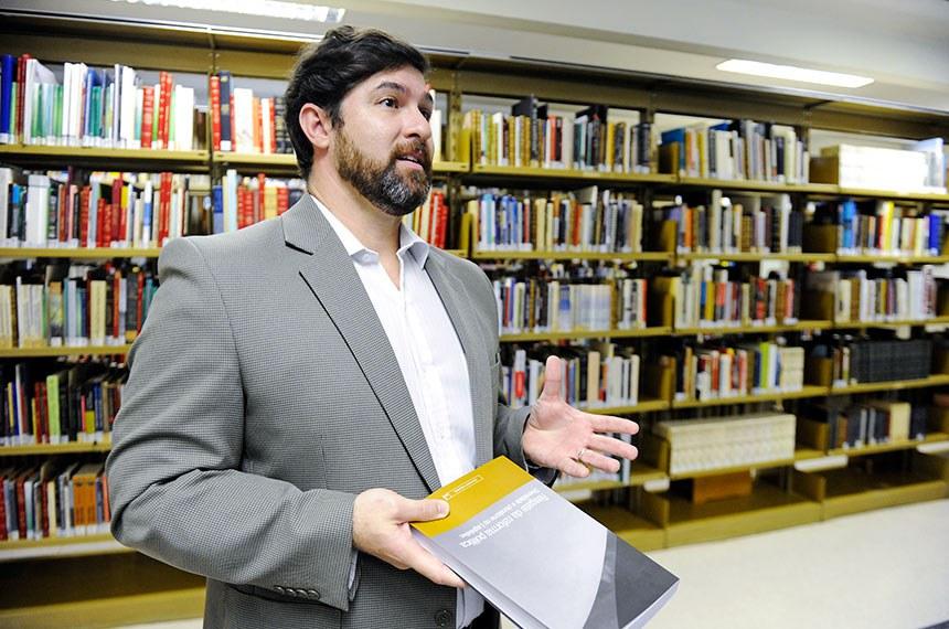 Rafael Silveira: divisão do livro em temas afins facilita o entendimento do conteúdo