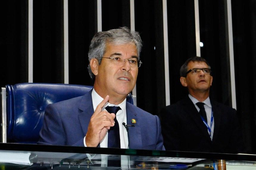 Jorge Viana defendeu garantia de direitos a mulheres das Forças Armadas