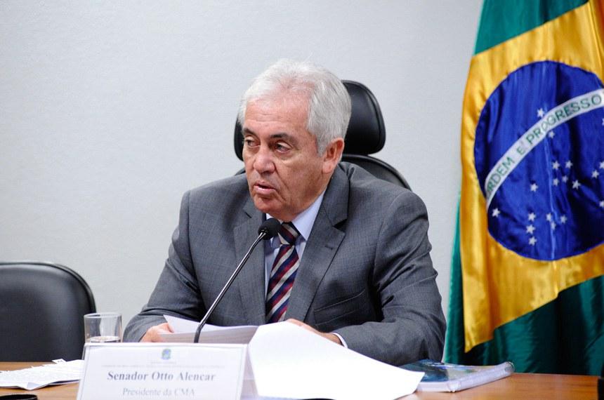 A sugestão do colóquio foi do presidente da comissão, Otto Alencar