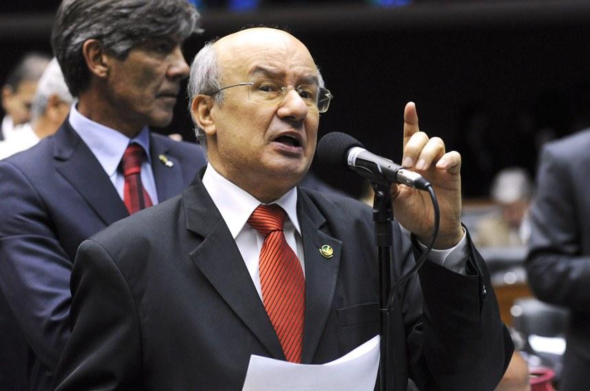 Pimentel defendeu o veto, também mantido pelo Congresso, à ampliação do prazo de parcelamento das dívidas de empresas em recuperação judicial