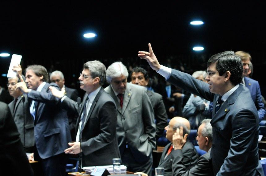 Terceira MP do ajuste fiscal do governo é aprovada pelo Senado