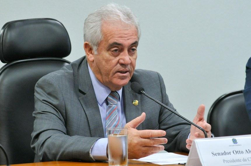 """Senador Otto Alencar (PSD-BA): Postalis enfrenta déficit de R$ 5,6 bilhões por """"ingerência política, investimentos desastrosos e regulação frágil"""""""