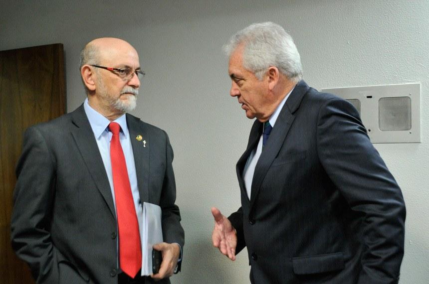 Senadores Donizeti Nogueira (PT-TO) e Otto Alencar (PSD-BA)