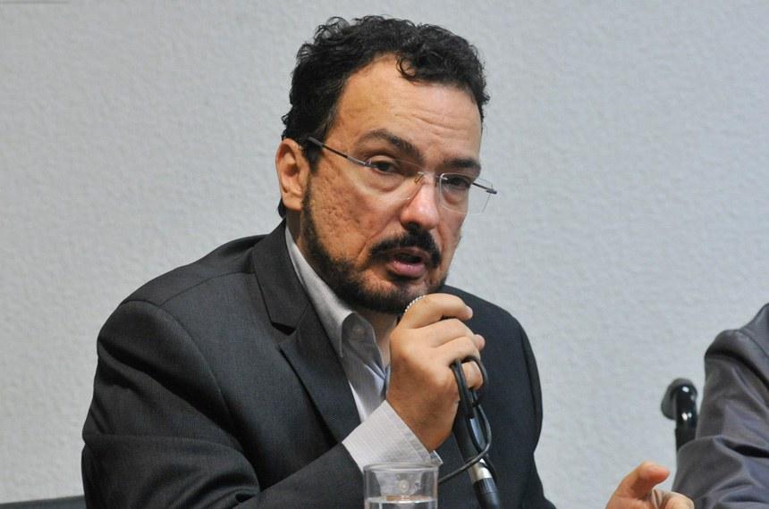 O Ministério da Previdência Social trabalha para agilizar um protocolo de reconhecimento dos diagnósticos da ELA, segundo o diretor do Departamento de Saúde e Segurança Ocupacional, Marco Antonio Gomes Perez