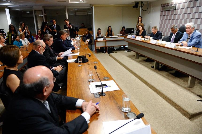 Comissão de Educação: clubes e federações que receberem verba pública terão que prestar contas ao TCU