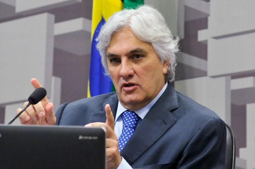 Delcídio do Amaral considerou a atitude dos dirigentes da estatal um desrespeito à comissão e também a ele