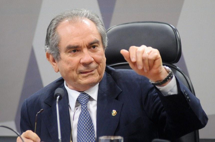 Raimundo Lira é relator da PEC da Reforma Política na CCJ