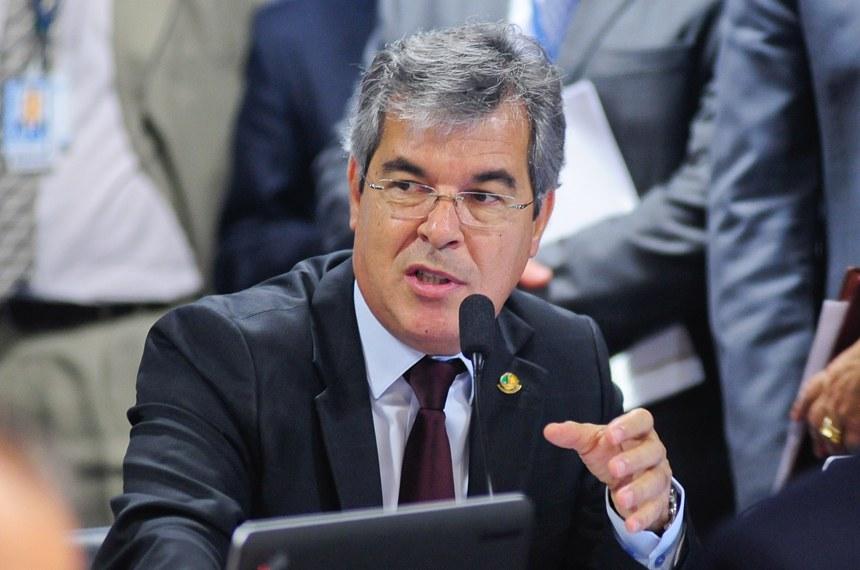 O senador Jorge Viana é o autor da proposta que será votada pela Comissão de Constituição e Justiça