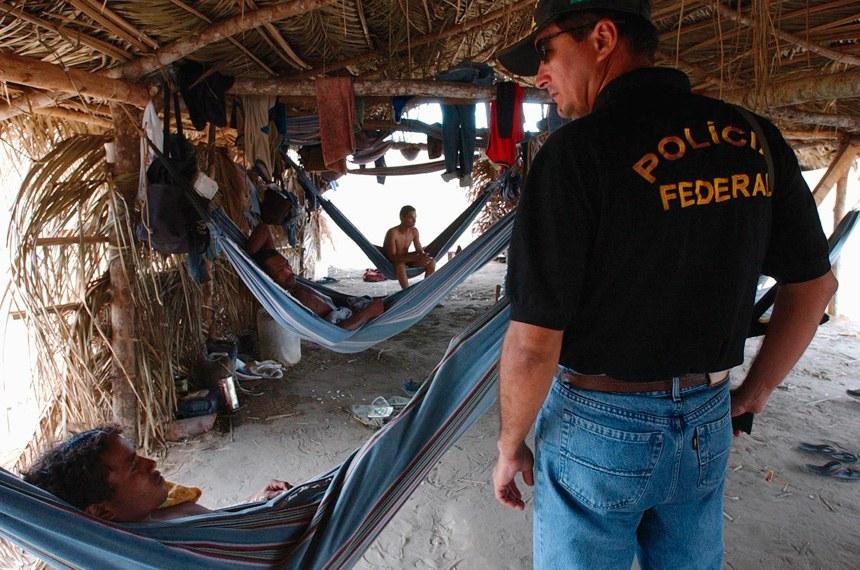 Operação realizada pela Polícia Federal, em setembro de 2013, no município de Açailândia (MA), em fazenda denunciada por prática de trabalho escravo