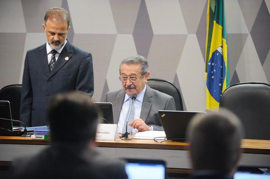 Presidente da CCJ, José Maranhão, disse que seleção criteriosa dos doadores eliminaria o risco de doação de sangue contaminado