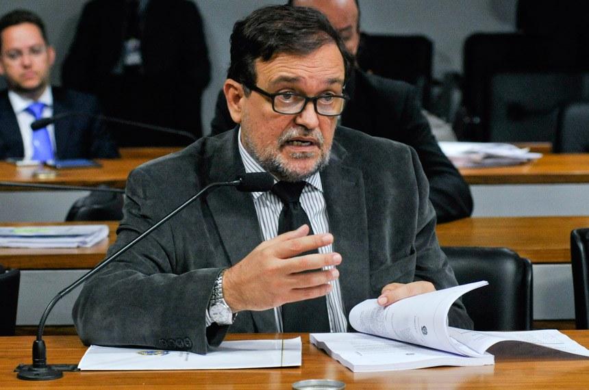 Walter Pinheiro é o autor da proposta