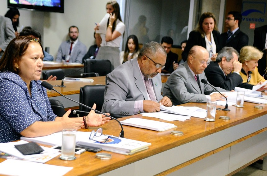 Fátima Bezerra foi a relatora da proposta na Comissão de Educação