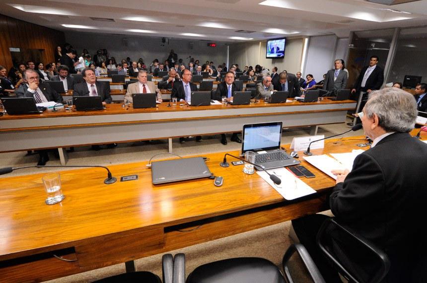 O plenário da CAE aprovou e agora a proposta segue para a Comissão de Direitos Humanos