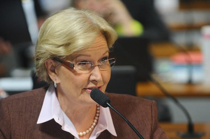 A senadora Ana Amélia foi relatora do PLS 437/2012 na CCJ