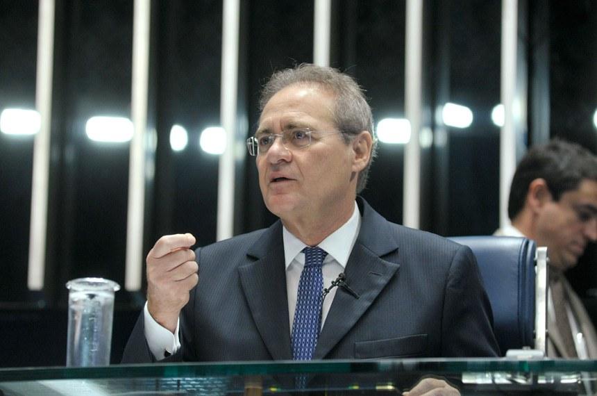 O presidente do Senado, Renan Calheiros, afirmou que a Casa dará prioridade a qualquer medida legislativa que ajude no combate ao mosquito 'Aedes aegypti'