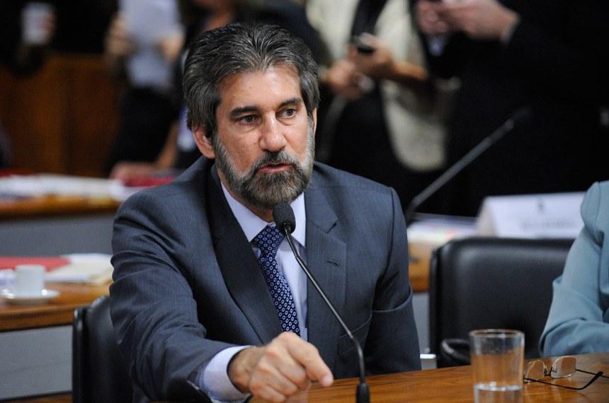 Valdir Raupp (PMDB-RO) é o relator da proposta sobre destinação de recursos ao Procel