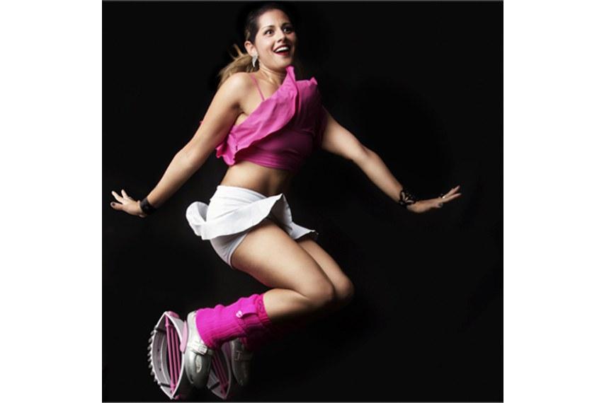 Modalidade: Kangoo Jump com Debora Cunha